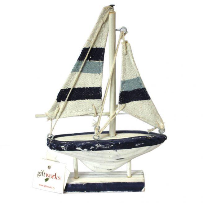4029 Wooden Model Sailing Boat
